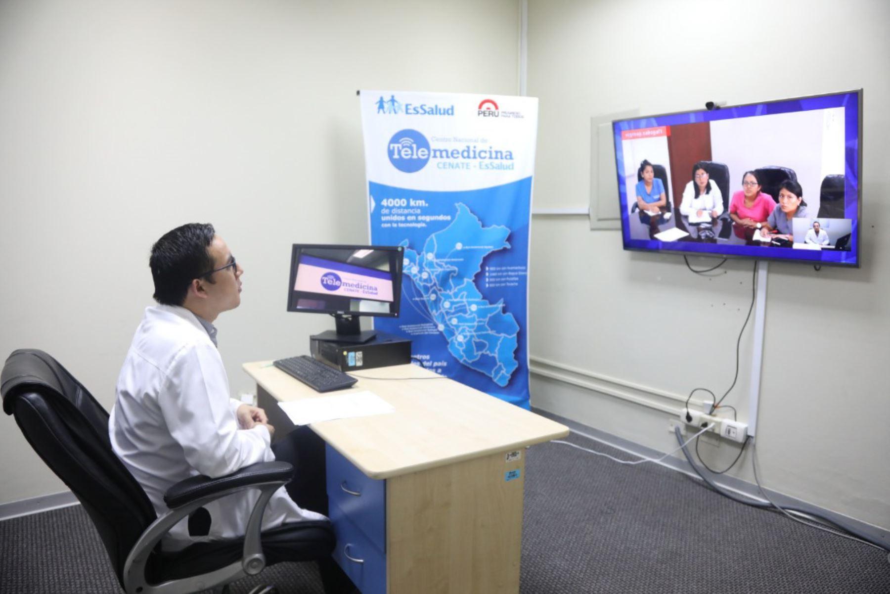 Con telemedicina atienden a asegurados de zonas alejadas de Apurímac