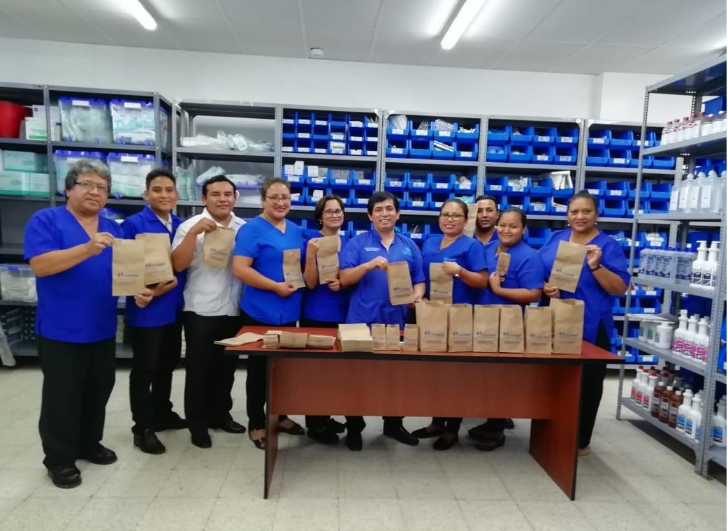 Ucayali entrega medicinas en bolsas de papel para cuidar el planeta