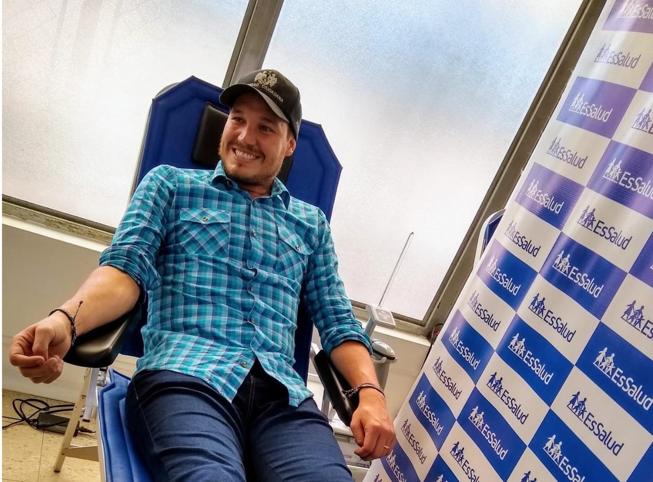 Essalud - EsSalud: Alcalde George Forsyth se suma a reto #DonaChallenge que incentiva donación de sangre