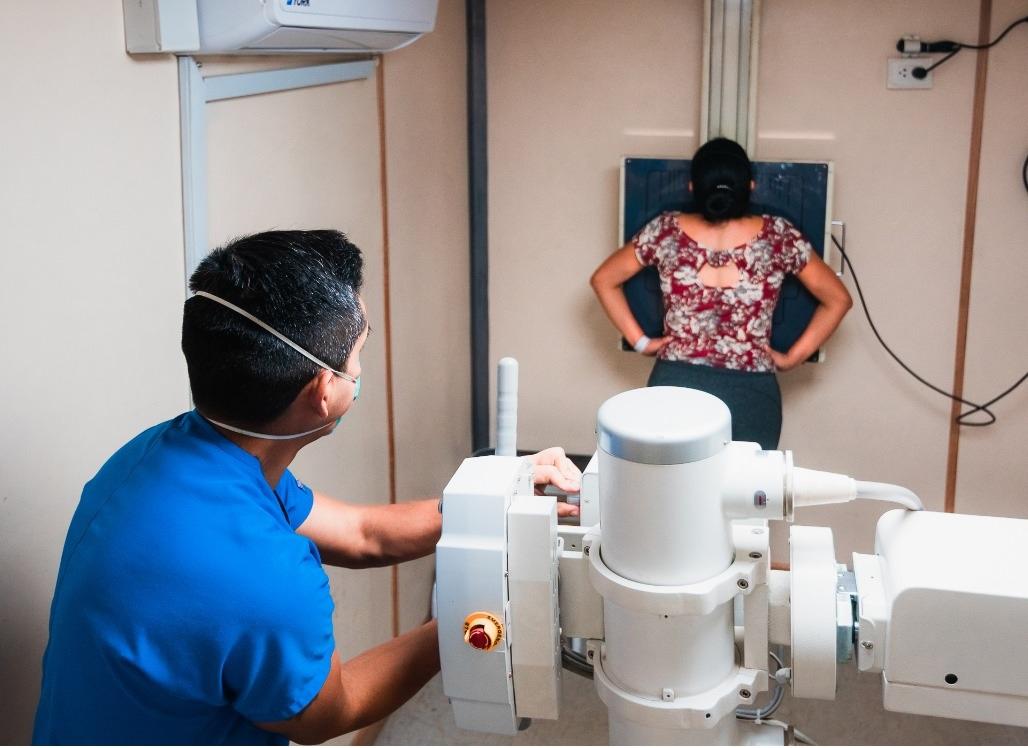 Essalud - EsSalud implementa TB Móvil para descarte rápido y gratuito de tuberculosis