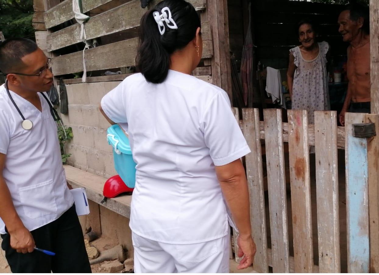 Essalud - EsSalud Madre de Dios atiende a pacientes crónicos en sus propios domicilios
