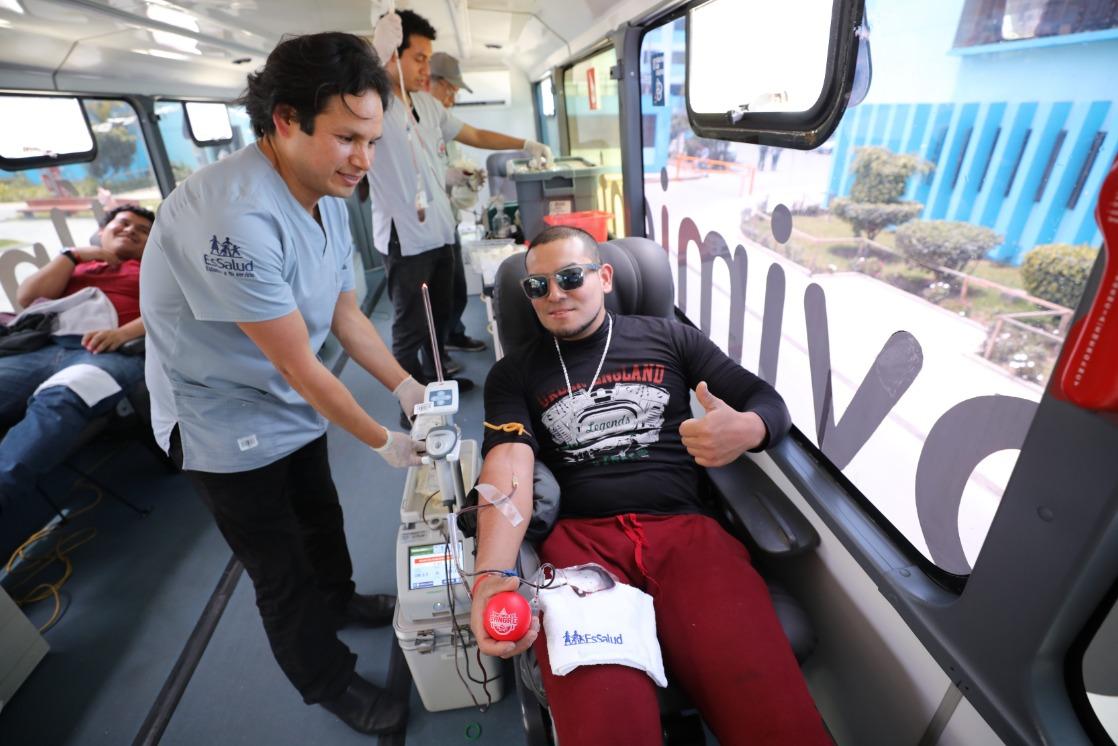 Essalud - EsSalud realiza este viernes campaña para recolectar unidades de sangre que salvan vidas