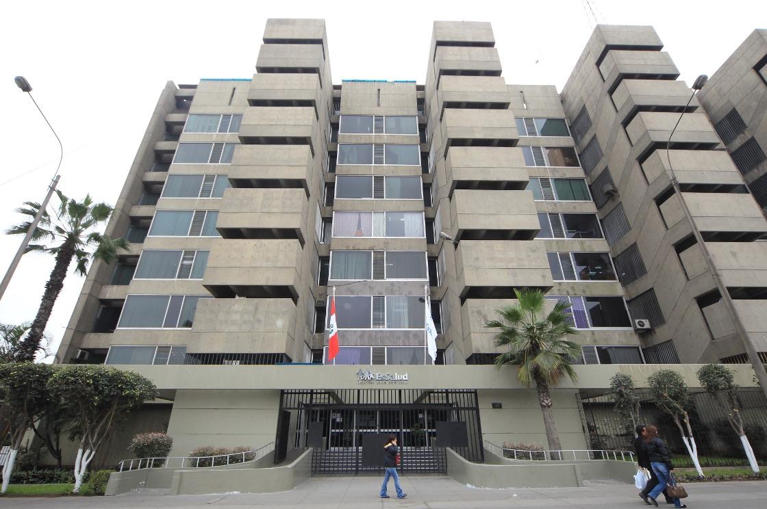 Essalud - EsSalud construirá cinco hospitales en Lima y provincias con aportes CAS