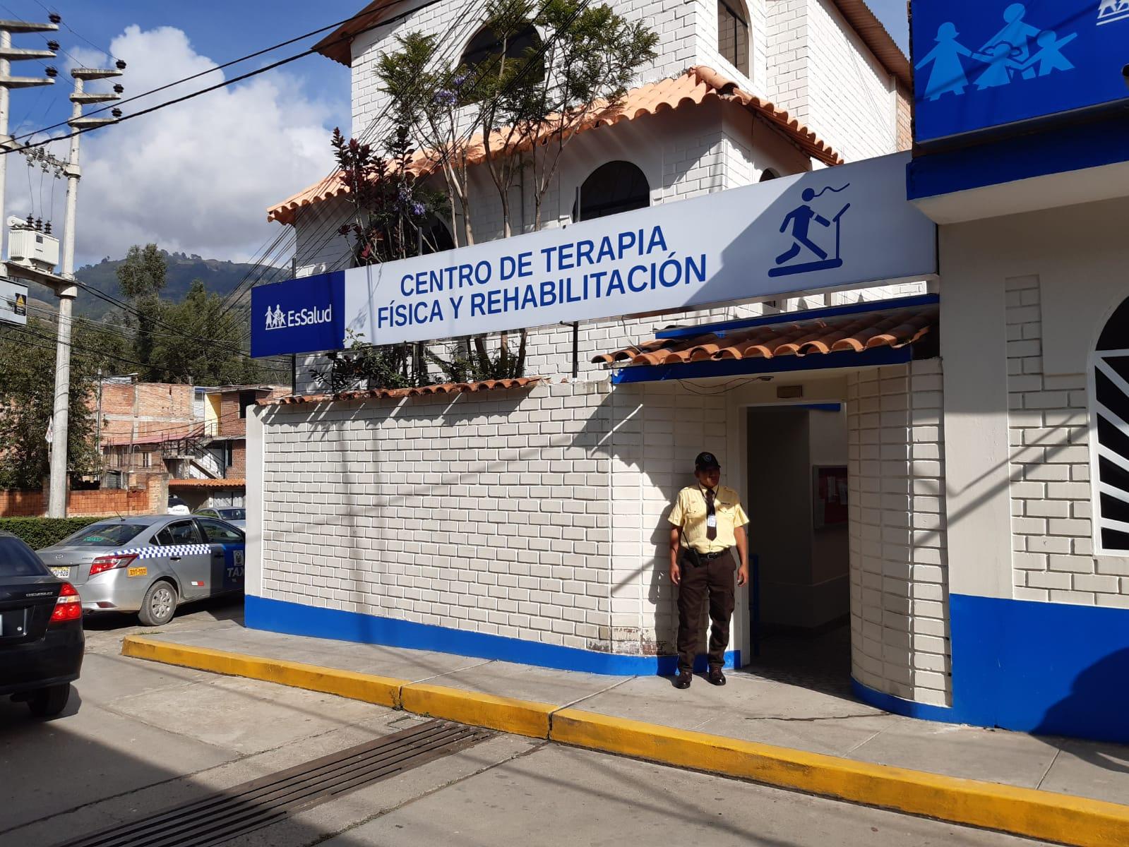 EsSalud Huaraz mejora la atención en terapia física