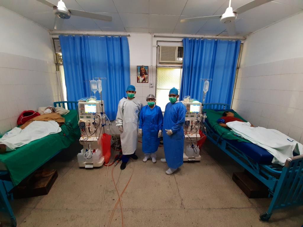 Essalud - EsSalud Loreto implementa servicio de hemodiálisis para pacientes hospitalizados