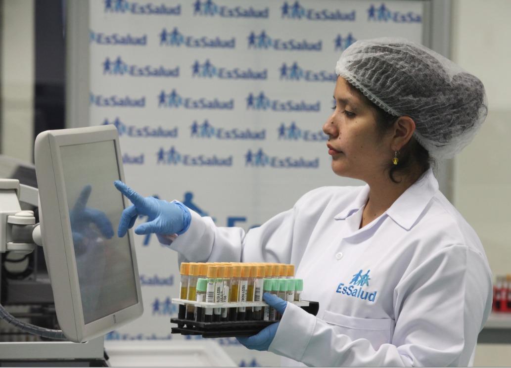 Fiorella Molinelli: EsSalud se mantiene en alerta ante coronavirus