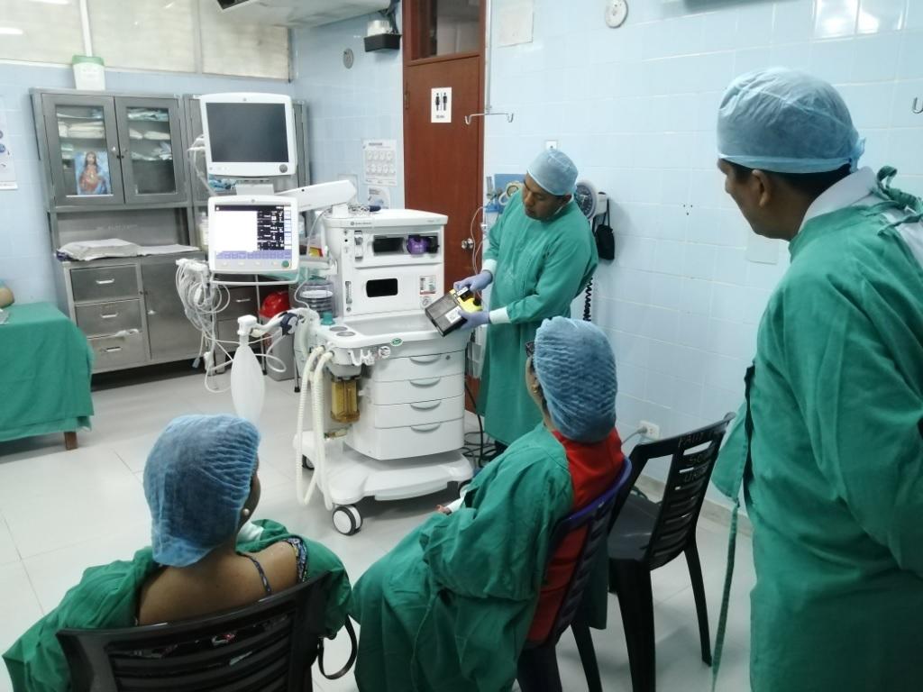 Essalud - EsSalud Loreto cuenta con nuevos equipos de anestesia para Sala de Operaciones