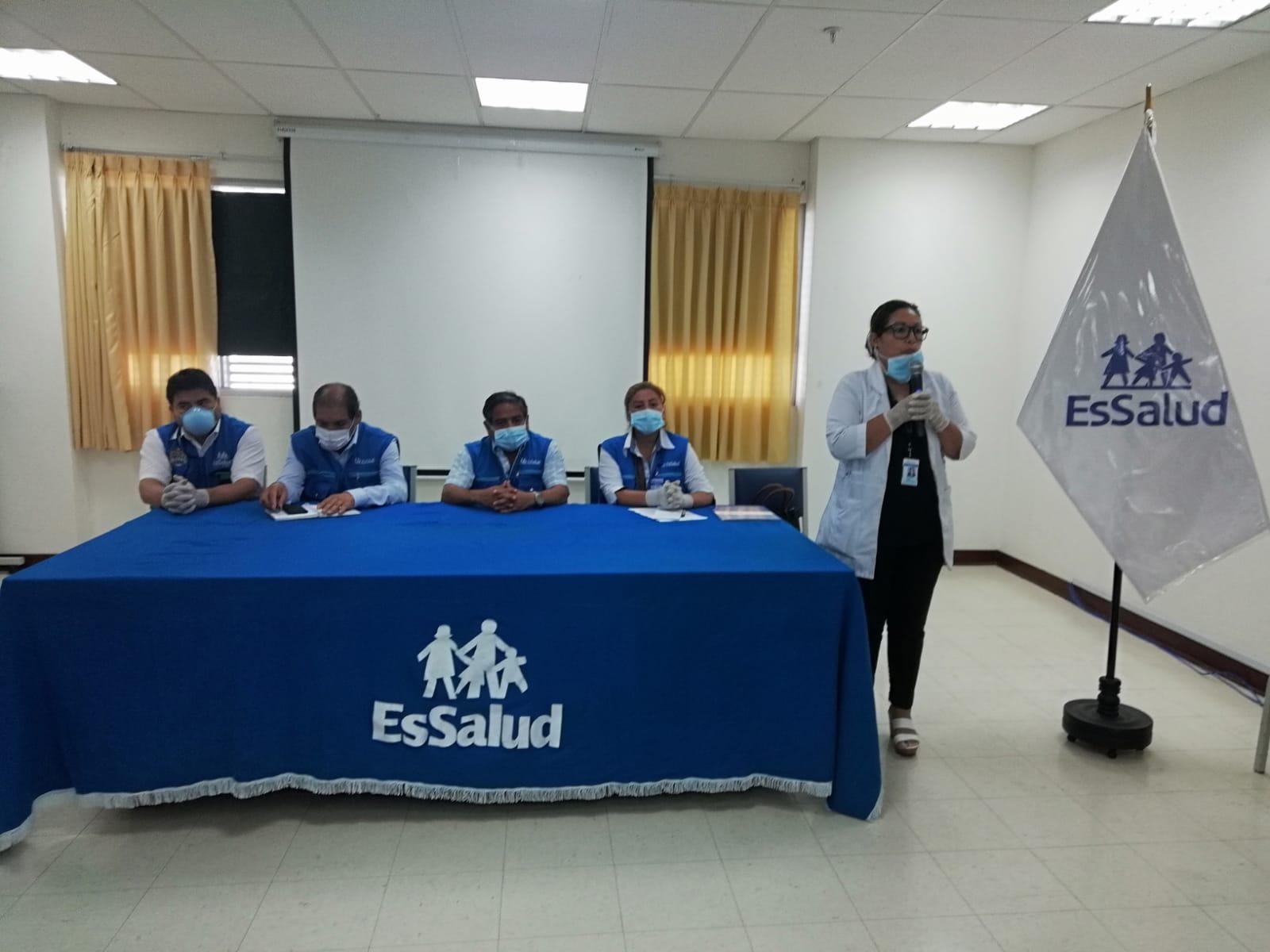 Essalud - EsSalud La Libertad: presentan a nueva directora de hospital Virgen de la Puerta