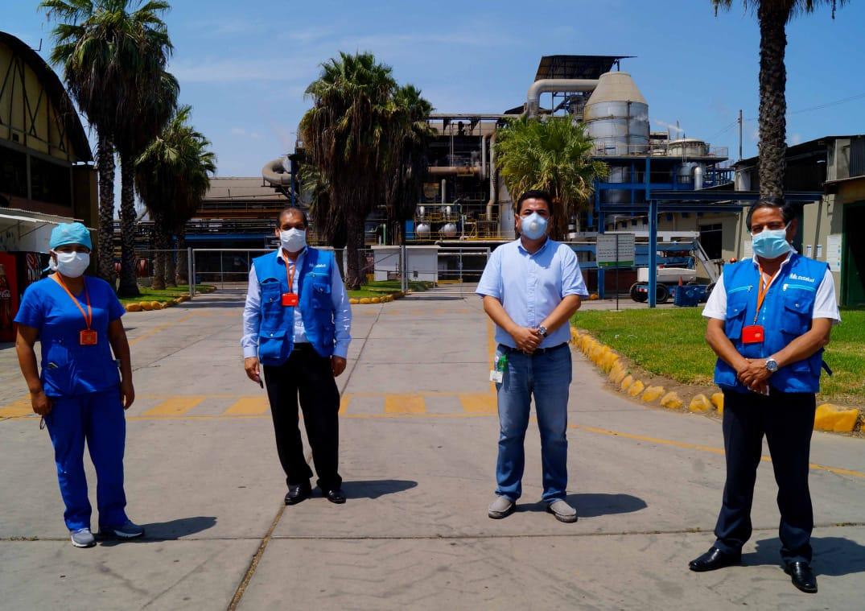 Essalud - EsSalud La Libertad recibe donación de alcohol medicinal de empresa agroindustrial