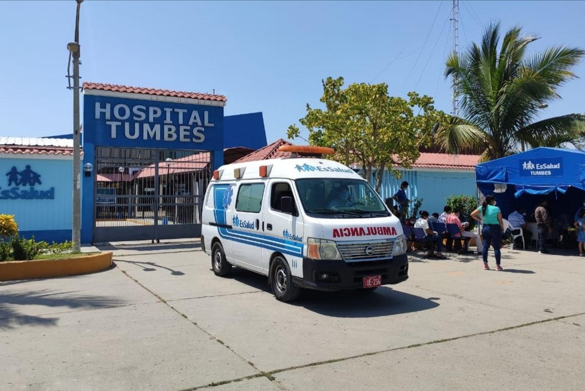 Essalud - EsSalud Tumbes recibe ambulancia para traslado y atención exclusiva de pacientes Covid 19