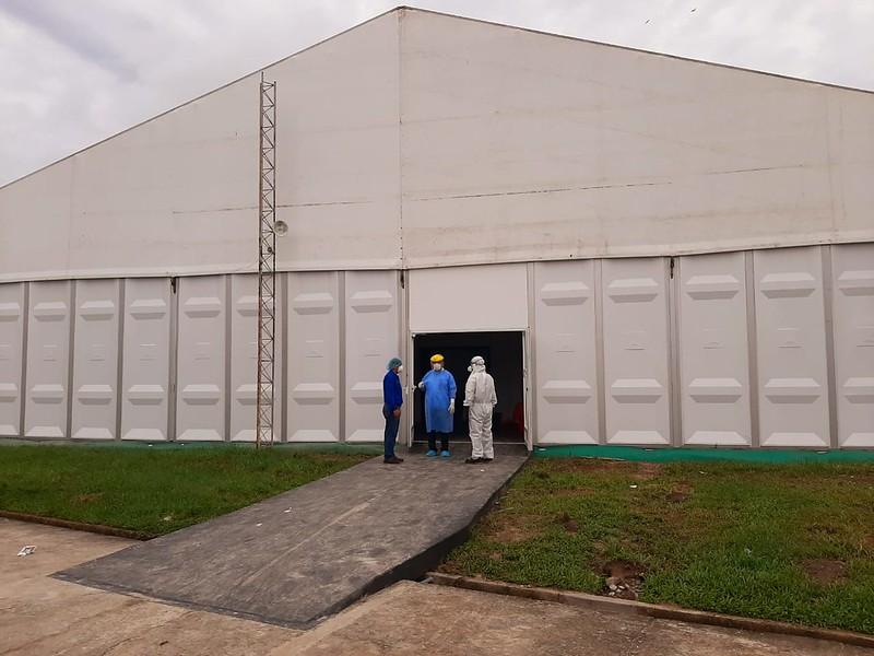 Essalud - EsSalud puso en funcionamiento el primer hospital de campaña de Loreto