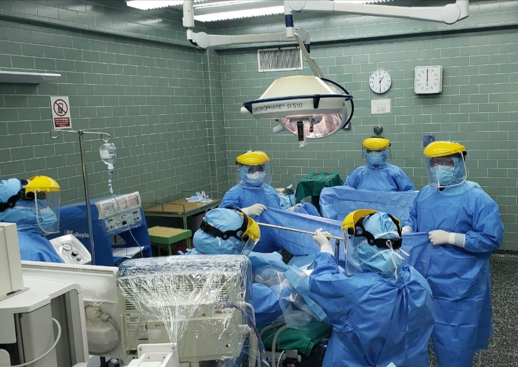 Essalud - Médicos de EsSalud Junín operan a niño de 2 años con Covid-19