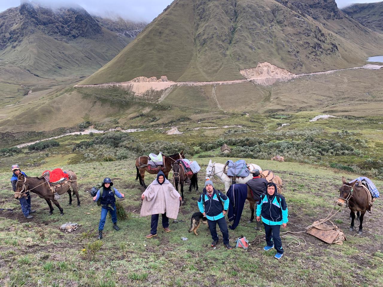 Essalud - EsSalud Cajamarca: equipo Covid-19 realiza descarte a jóvenes que llegaron ilegalmente desde Lima
