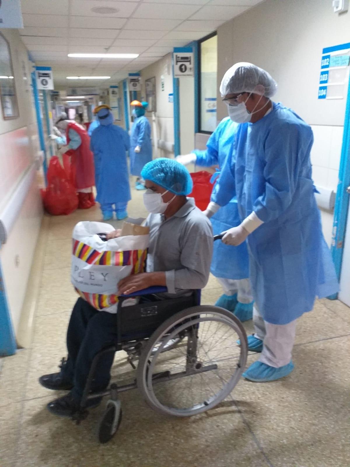 EsSalud Huamanga dio alta a más de 80 pacientes de Covid-19