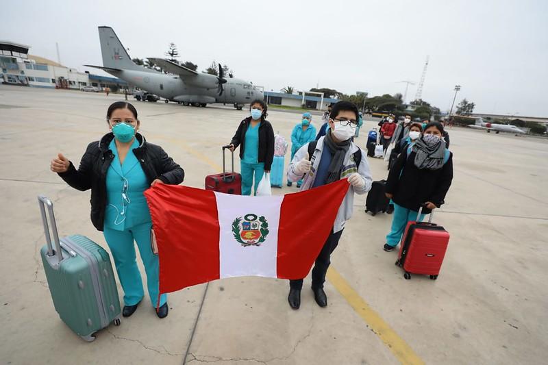 Essalud - EsSalud envía treintaiséis profesionales de la salud a Madre de Dios y Amazonas
