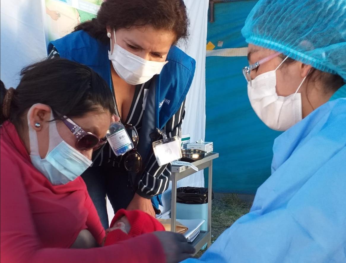 Essalud - EsSalud Ayacucho lanza campaña de vacunación para niños, gestantes y adultos mayores