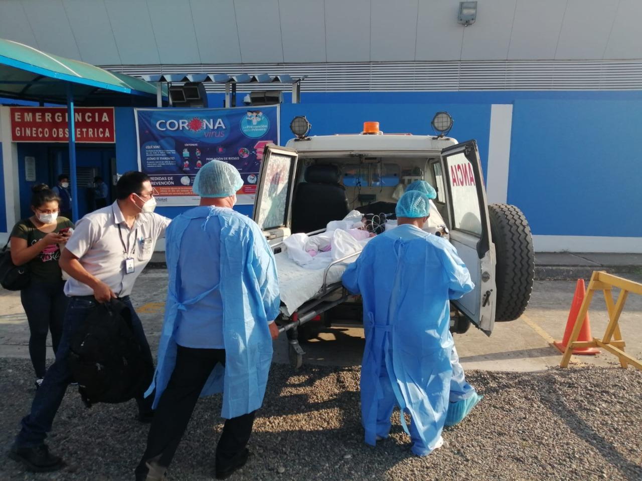 EsSalud Tarapoto logra trasladar dos pacientes a Lima, en ambulancia aérea