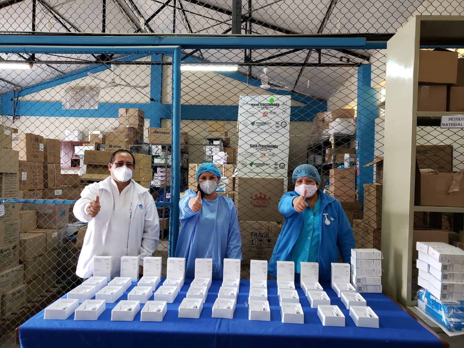 Essalud - EsSalud Tacna recibe modernos termómetros clínicos digitales para distribuir en sus centros asistenciales