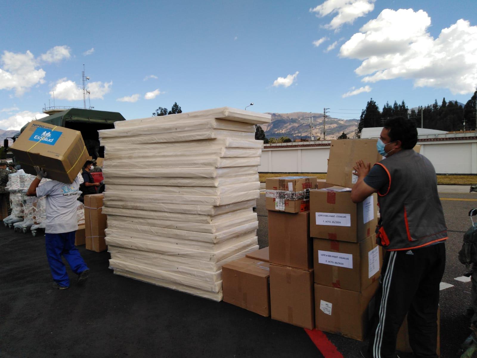 Essalud - EsSalud Cajamarca recibe camas multipropósito, medicamentos, pruebas rápidas y equipos de protección