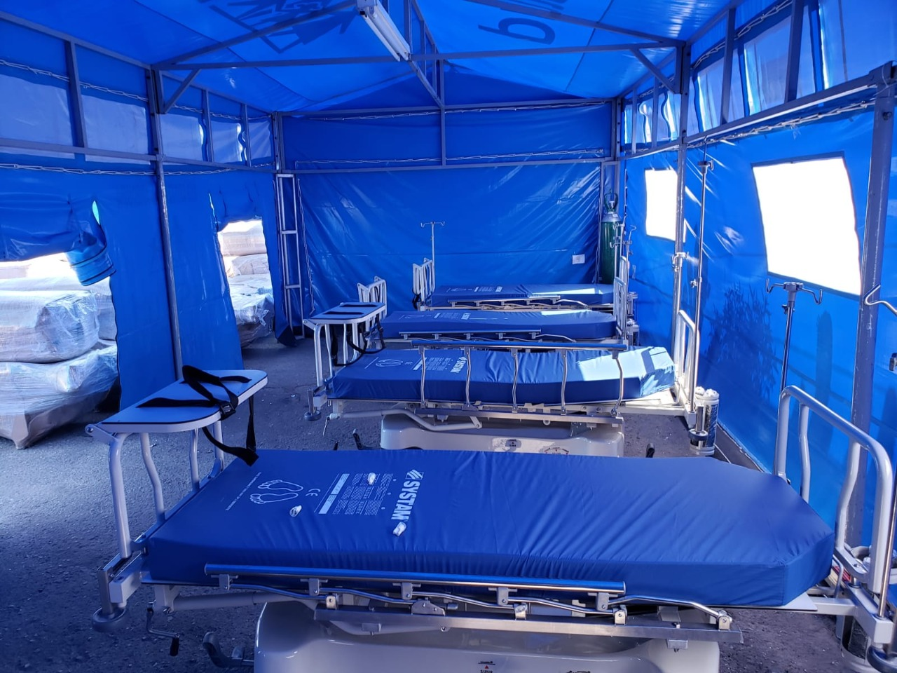 Essalud - EsSalud Arequipa adquiere 91 camas camillas de Emergencia y 12 monitores de funciones vitales