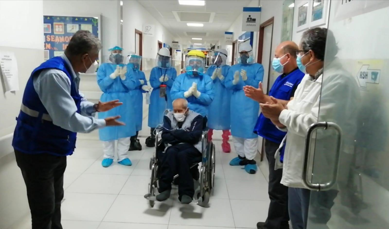 Essalud - En EsSalud Áncash, chimbotano de 104 años recibe alta médica tras vencer al Covid-19