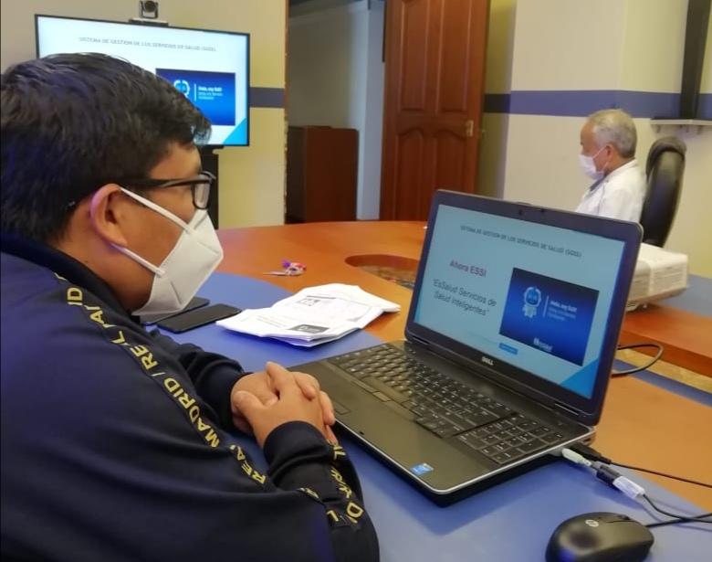 EsSalud Amazonas realiza capacitación virtual a profesionales Serums 2020-I