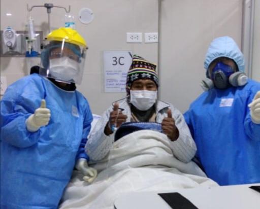 Essalud - En EsSalud Juliaca, paciente de 77 años vence al Covid-19 y es dado de alta