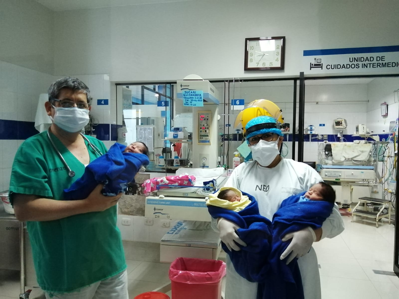Essalud - Nacen trillizos en EsSalud Áncash, mediante cesárea
