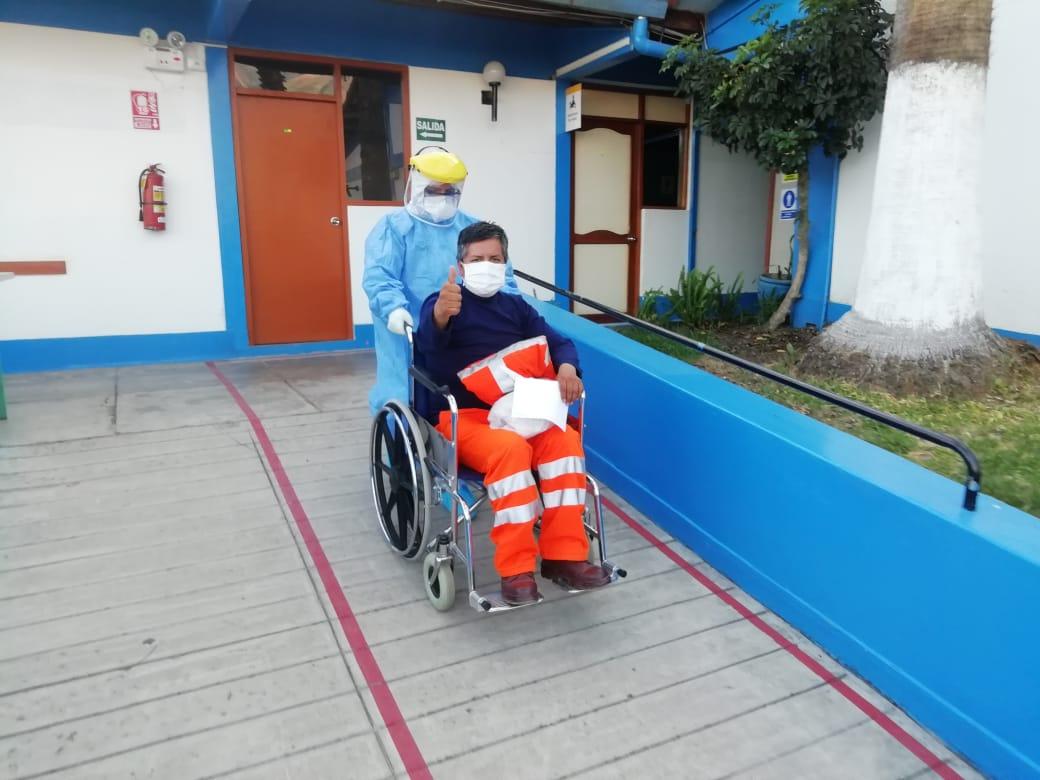 EsSalud Apurímac: cuatro mineros se recuperan del Covid-19 tras ser trasladados de Ayacucho