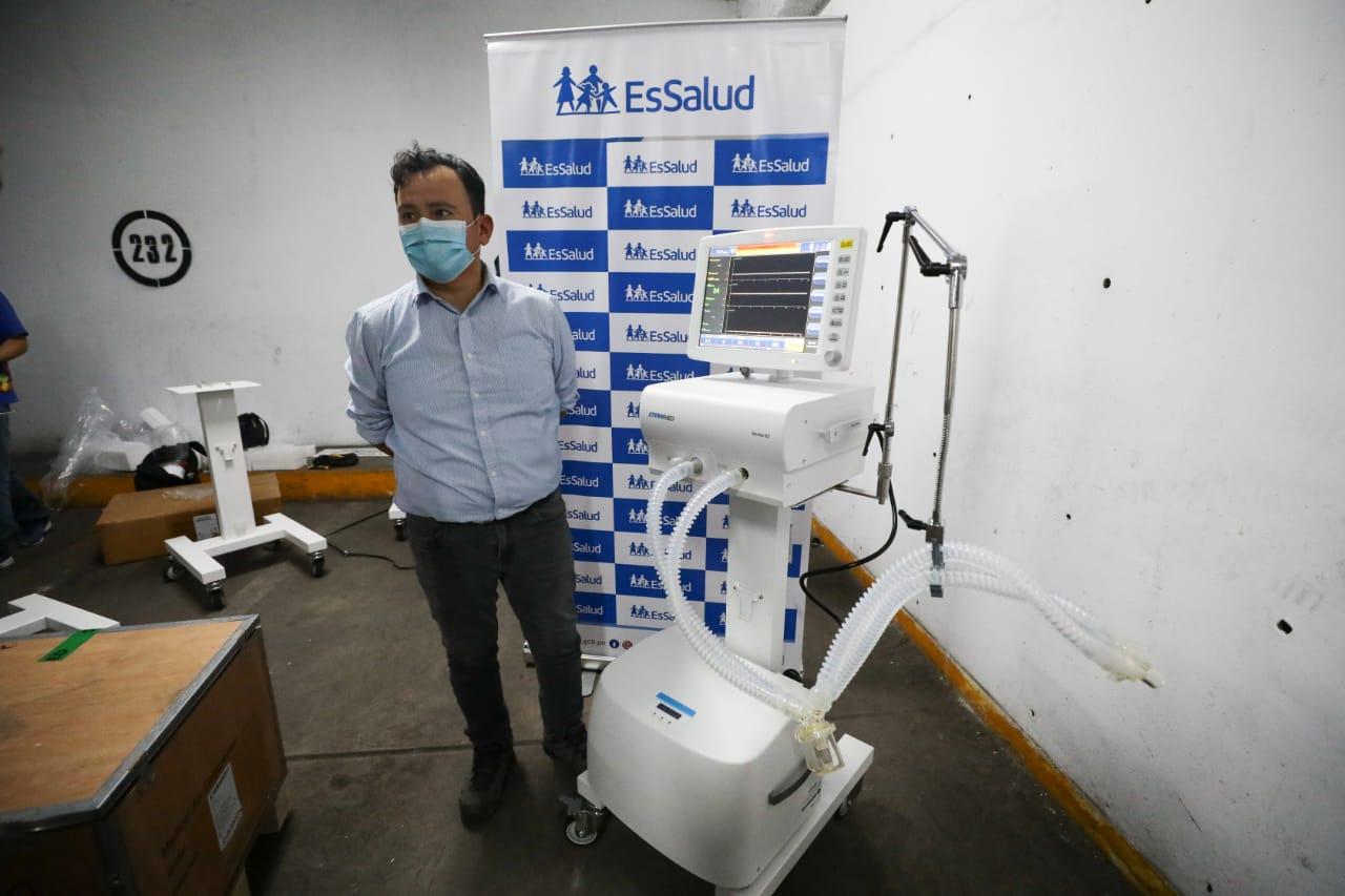 EsSalud recibe cincuenta (50) ventiladores mecánicos para reforzar la atención de pacientes Covid-19 en Lima y Provincias