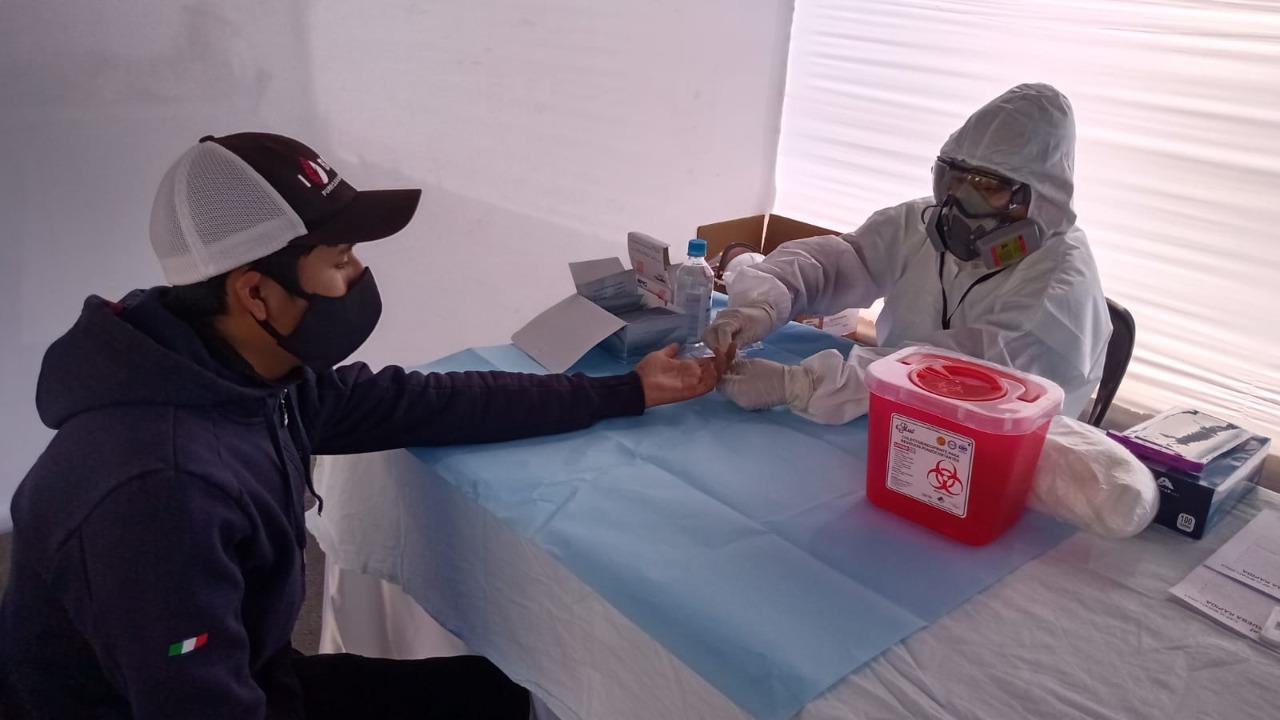 Essalud - Equipo de EsSalud desplegado en Arequipa realizó más 15 mil pruebas rápidas para la detección del Covid-19
