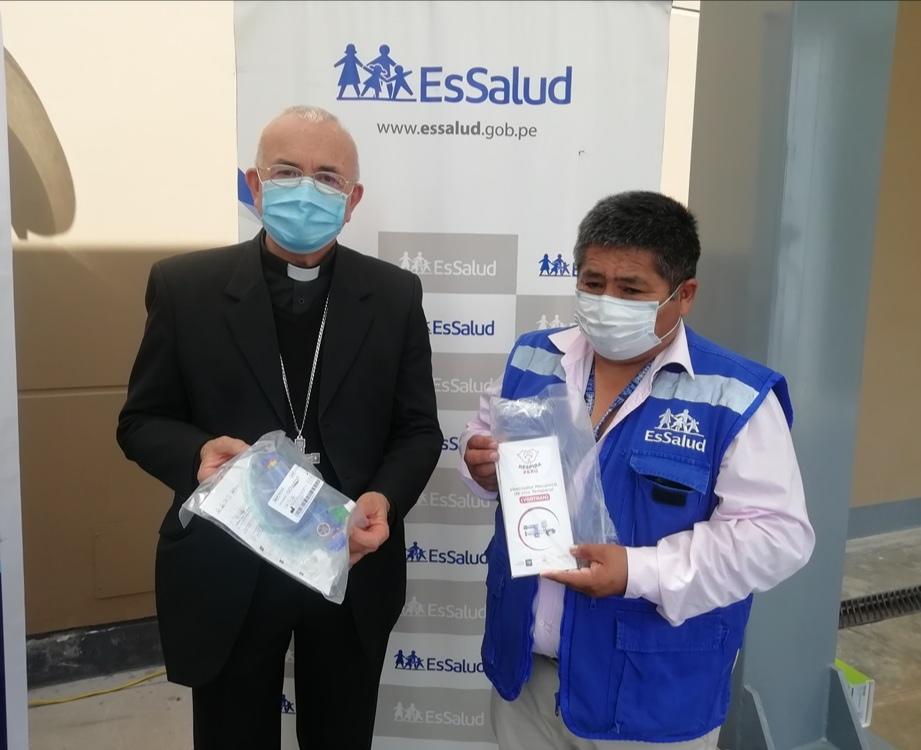 Essalud - EsSalud Apurímac recibe 10 respiradores de la Diócesis de Abancay para atender pacientes con Covid-19