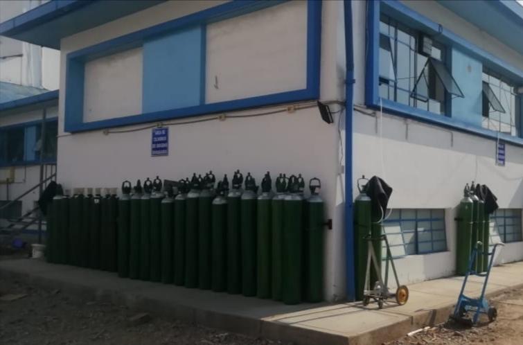 Essalud - EsSalud Pasco es abastecida con 86 balones de oxígeno