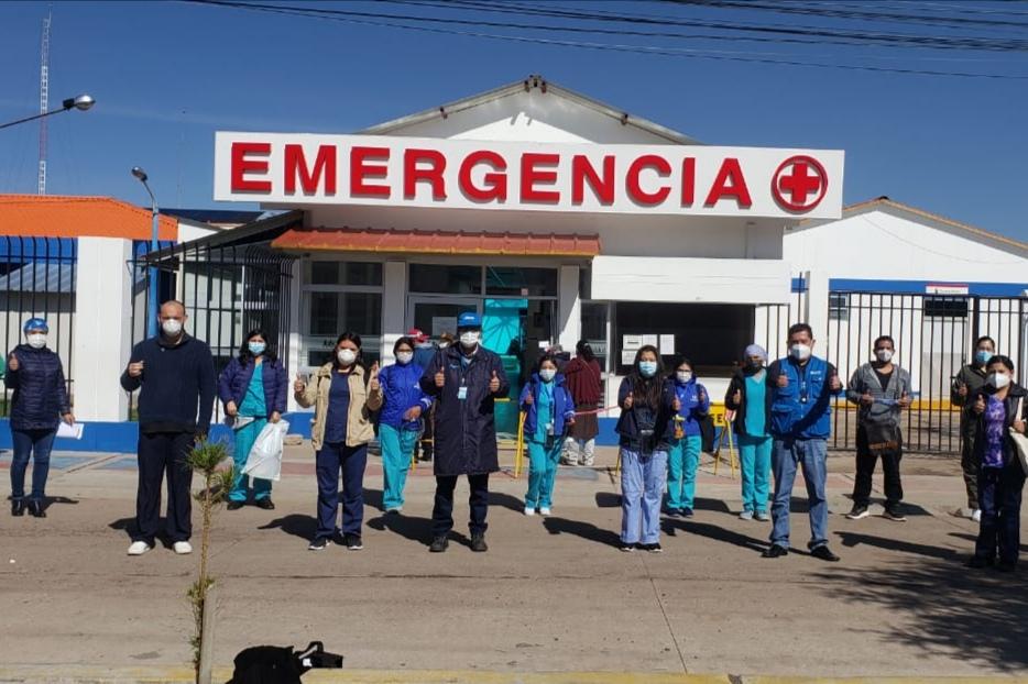 Essalud - EsSalud Juliaca recibe a la primera brigada del Hospital Perú que llega a la zona para reforzar lucha contra Covid-19