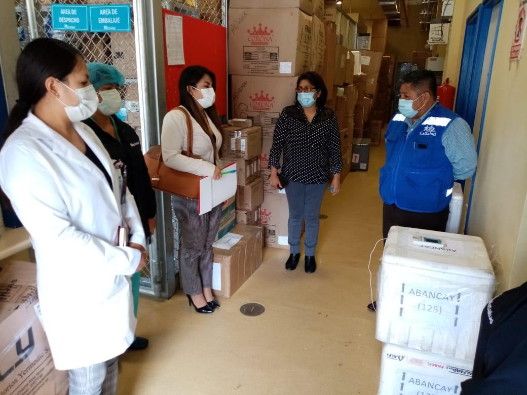 Essalud - EsSalud Apurímac fortalece sus estrategias de vacunación