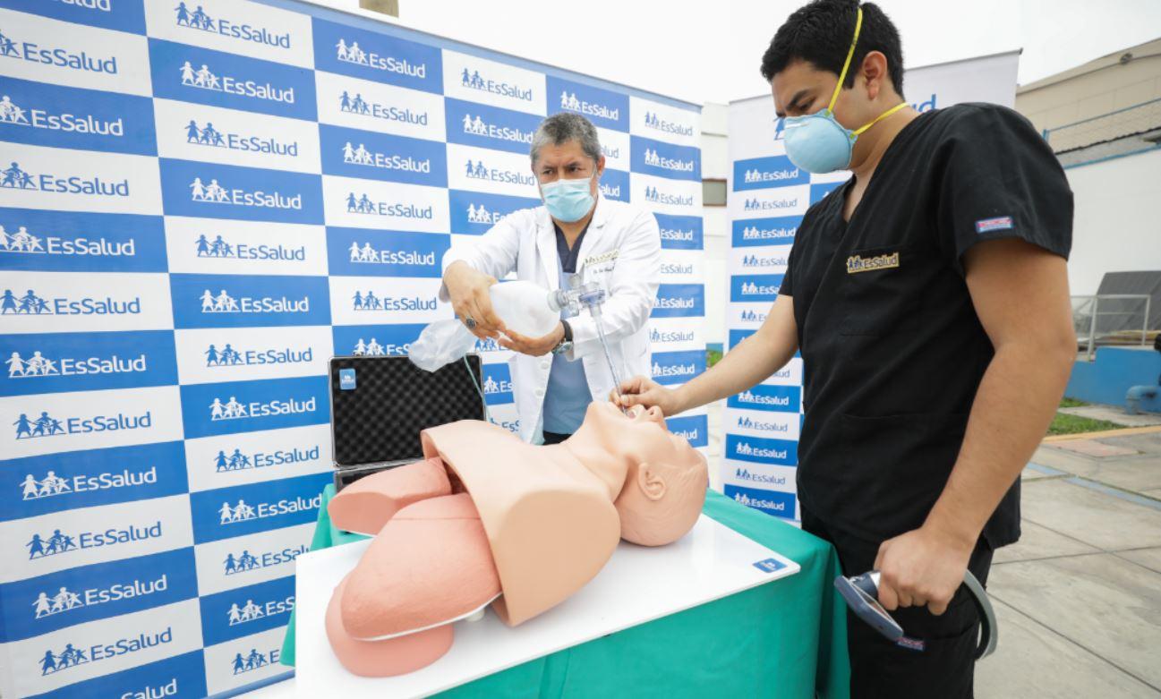 EsSalud advierte que cada vez son más jóvenes los pacientes intubados por complicaciones de la COVID-19