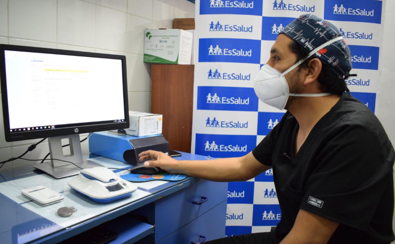 Essalud - EsSalud aplica moderna técnica para seguimiento de pacientes con marcapasos y evitar que acudan a hospitales