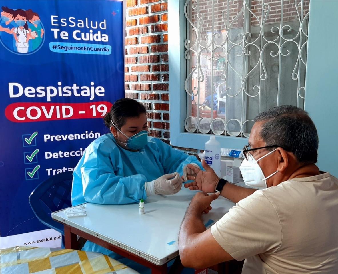 Essalud - EsSalud Loreto continúa detección oportuna de casos Covid-19 para iniciar tratamiento