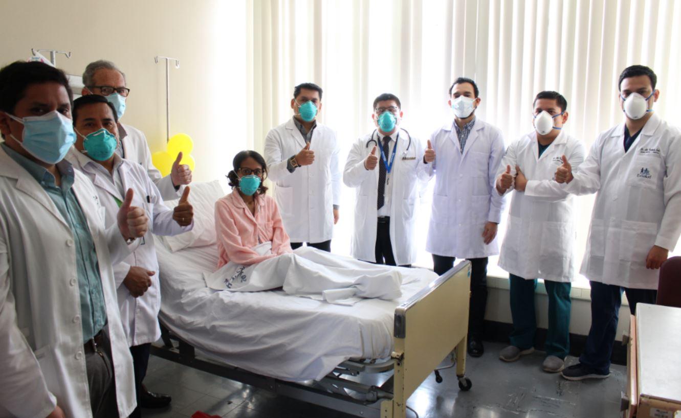 EsSalud: Asegurada de 42 años es la primera peruana en salvar su vida tras procedimiento de ¨Auto Trasplante de hígado¨