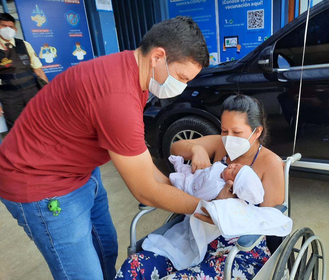 Asegurada de EsSalud en Madre de Dios, con embarazo de alto riesgo, logró traer al mundo a una hermosa bebé de 3 kilos 170 gramos