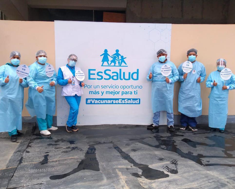 Essalud - EsSalud Junín muy cerca de inmunizar al 100% de su personal en primera línea con la segunda dosis de la vacuna Sinopharm