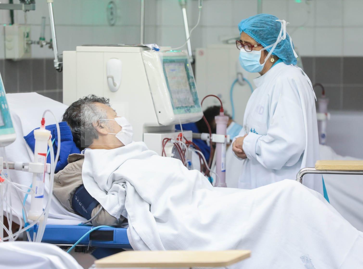 Essalud - 550 pacientes de EsSalud en Cusco y Áncash recibieron sesiones de hemodiálisis en período de pandemia