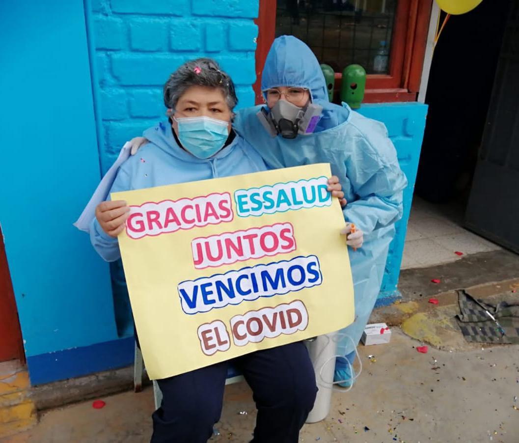 Essalud - EsSalud Huaraz: paciente con comorbilidades venció a la Covid-19 y fue dada de alta tras permanecer más de 40 días hospitalizada