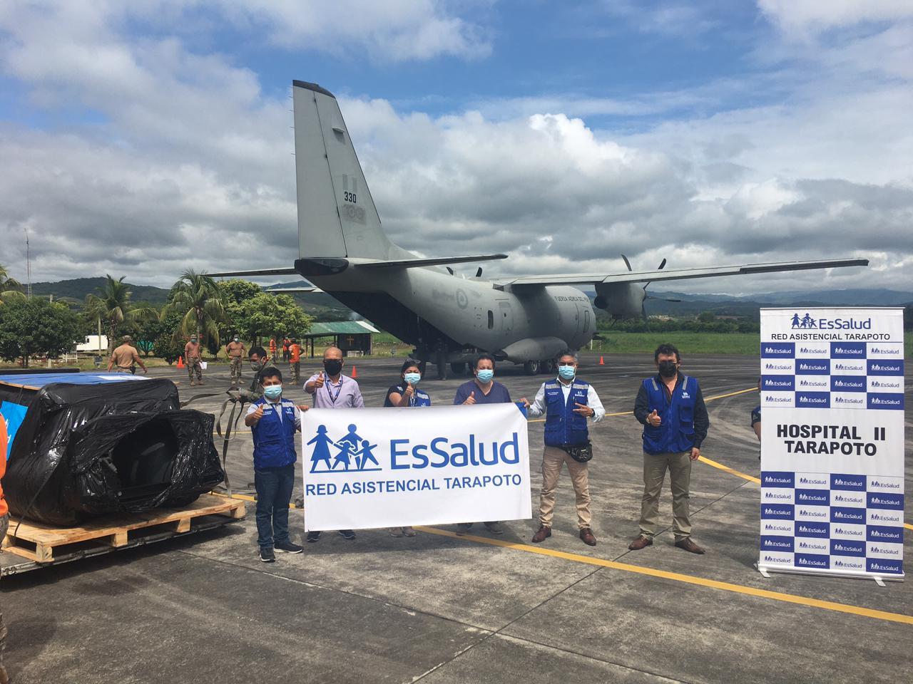 Essalud - EsSalud envía de Lima a Tarapoto planta generadora de oxígeno para reforzar la lucha contra la Covid-19
