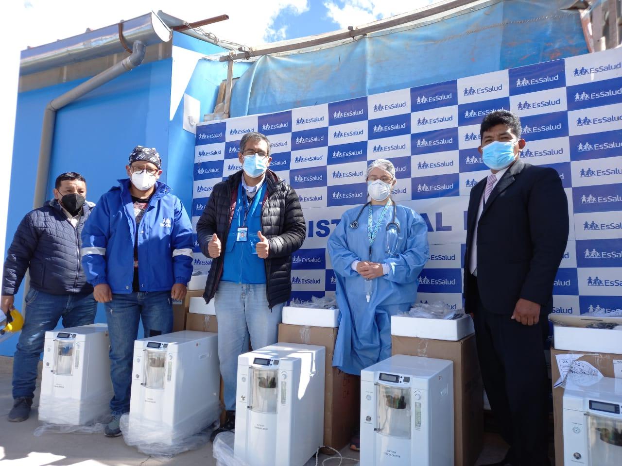 Essalud - EsSalud envió concentradores de oxígeno a Puno para salvar más vidas de pacientes Covid-19