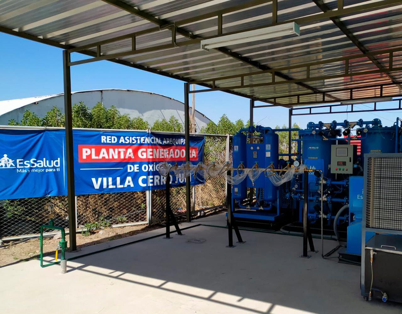 Essalud - EsSalud Arequipa pone en funcionamiento al 100% planta generadora de oxígeno en Villa Cerro Juli para hacer frente a la Covid-19