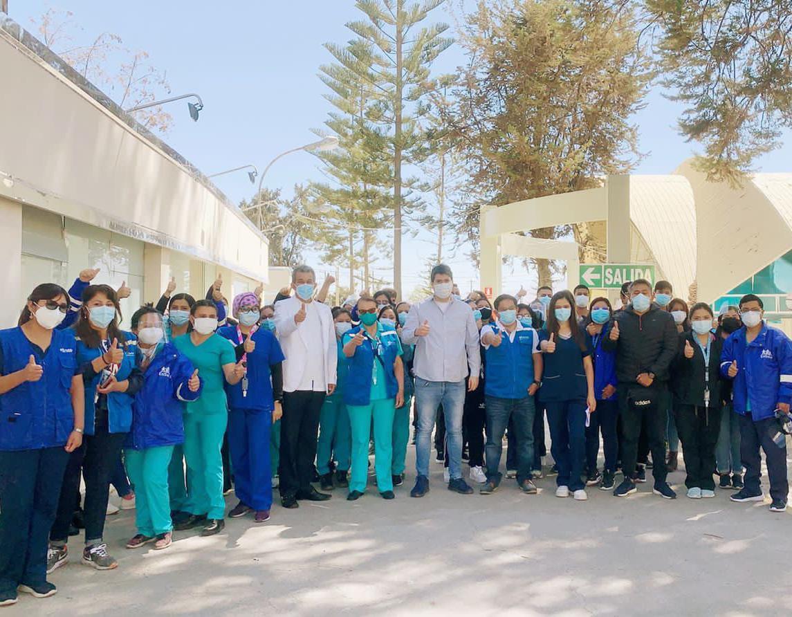 Essalud - EsSalud envió a Arequipa una brigada de profesionales de la salud para reforzar atención de pacientes Covid-19