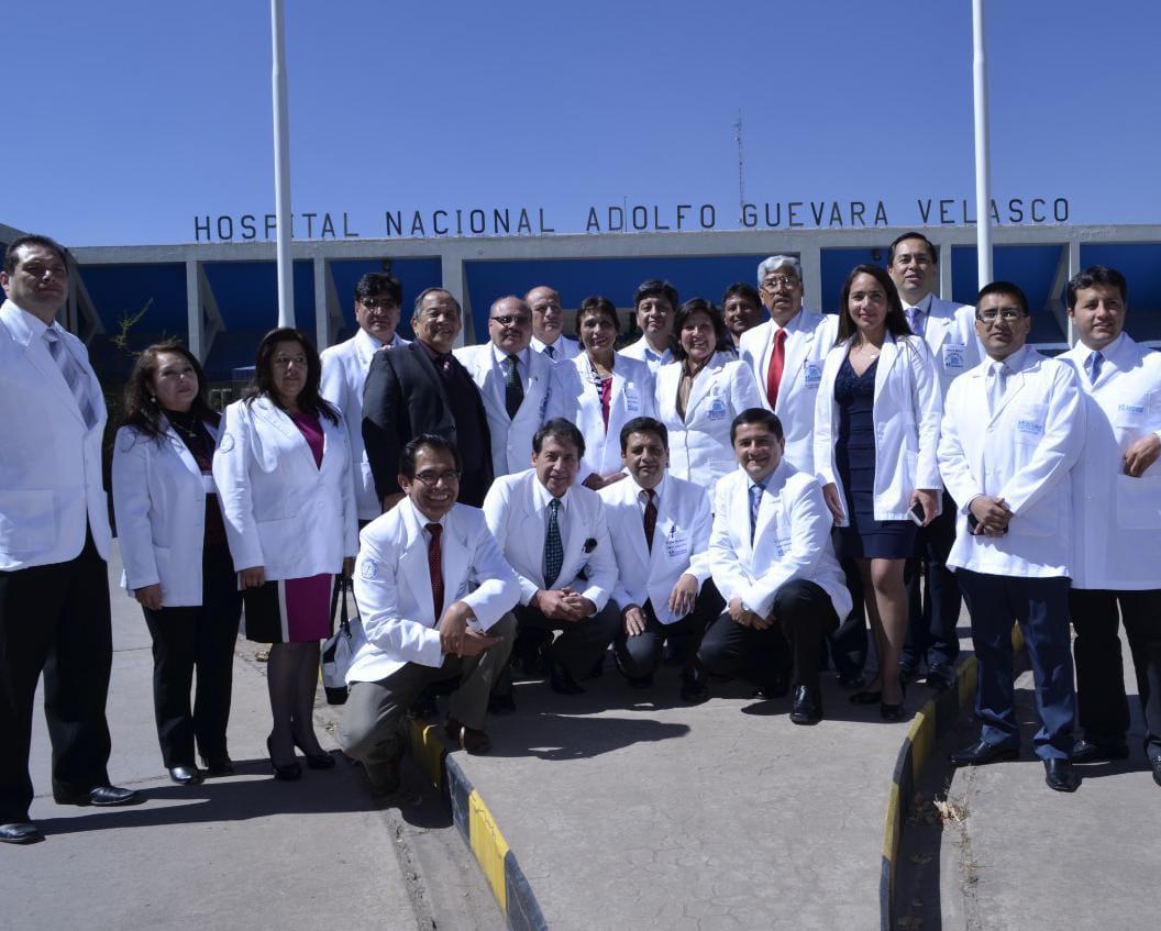 Essalud - EsSalud Cusco realiza curso dirigido a médicos ginecólogos para realizar operación de histerectomía por vía laparoscópica