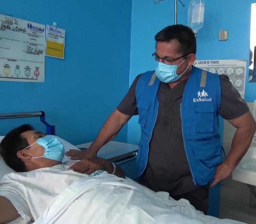 Médicos de EsSalud Ucayali salvan la vida a comerciante que resultó herido tras recibir varios impactos de bala en la zona abdominal, durante un asalto