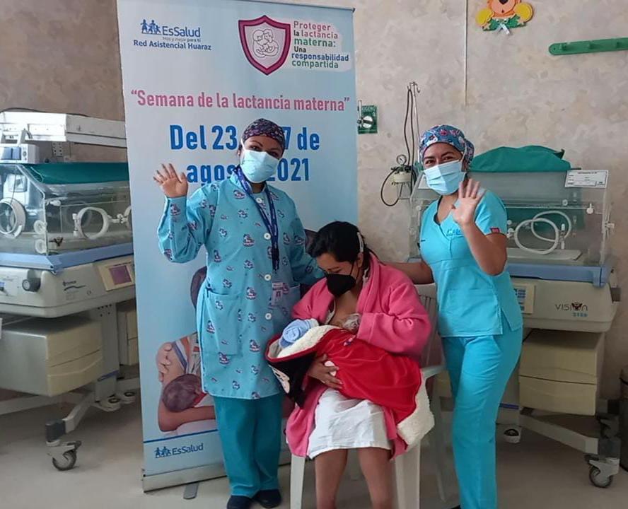 Área de Neonatología del Hospital II Huaraz de EsSalud brinda información sobre la importancia nutricional de la lactancia materna